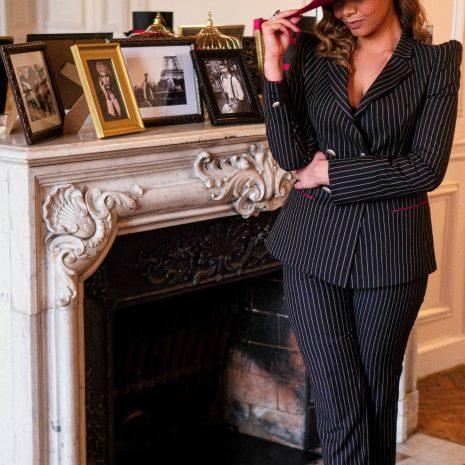 Linda créatrice de mode et la collection BURGANDI PARIS